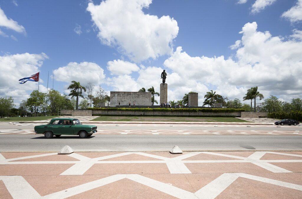 llevar un coche a Cuba